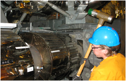 Experimental Modal Analysis of a BWR Main Steam Pipe